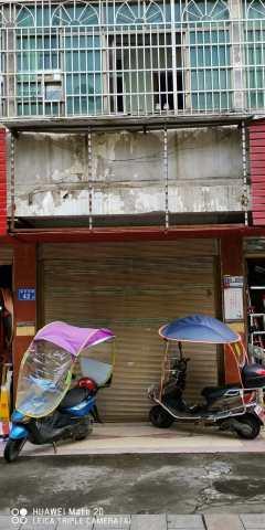 浏河市场附近商铺出租,47平米,临近孔雀台楼盘,前店后仓,