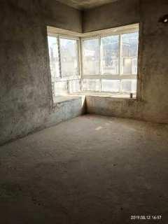 亚太国际新城毛坯四室二厅步梯5楼钥匙在手