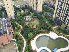 长兴湖壹号电梯中层大4房146平只售86.8万