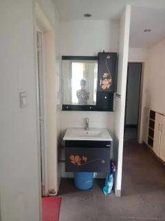 早城二期电梯房2室2厅1卫66m²精装修1200元一个月