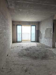 奥园广场112平方二套同时出售毛坯楼上楼下可以做成复式