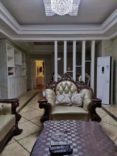 (荷花街道)新月半岛3室2厅2卫130m²豪华装修