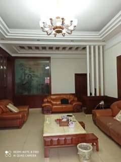 马鞍山独栋别墅四层5室3厅3卫398m²豪华装修268万