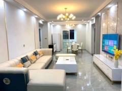 浏阳碧桂园幸福里电梯中层3室2厅2卫135m²豪华装修