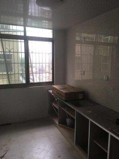 浏阳天马路唐洲小区3室1厅1卫128m²精装修