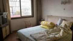 妇幼旁边冠湘公寓步梯高层非顶层4室2厅2卫139m²简单装修
