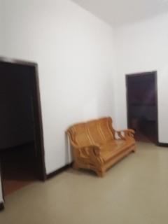 (淮川街道)劳动家园3室2厅120m²简单装修,租金700元
