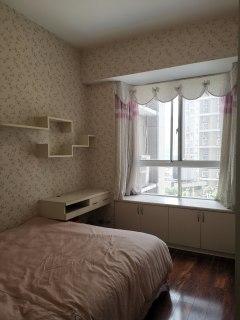 (淮川街道)名河鑫都1室1厅1卫52m²精装修
