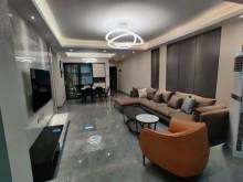 鸿宇公馆4室2厅2卫125.8m²精装修83.8万