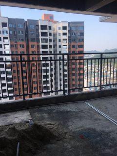 君悦阳光城4室2厅143.51平毛坯走好水电6380元每米