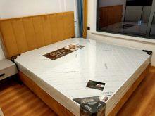 中央国际广场3室2厅1卫93m²精装修69.8万
