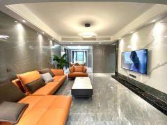 君悦阳光里5室2厅2卫149m²精装修118.8万