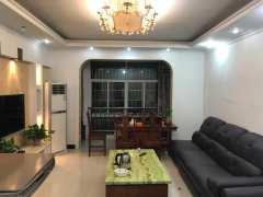 关口方向香槟现代城3室2厅2卫120m²精装修1600元
