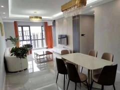 君悦阳光城4室2厅2卫119m²精装修90.8万