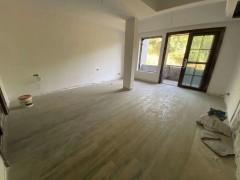 (关口街道)彩虹谷5室2厅2卫160平方,花园面积80平