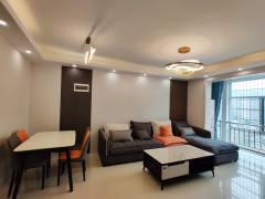 (关口街道)香槟现代城4室2厅2卫120m²