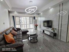 银天南湖一号3室2厅2卫119m²精装修89.8万