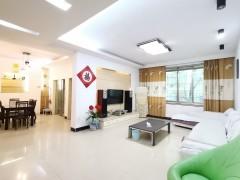 (淮川街道)鸿福源小区3室2厅2卫139m²