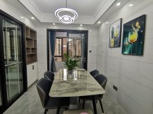 银天南湖一号全新精装4室2厅2卫.,140平,售98.8万万