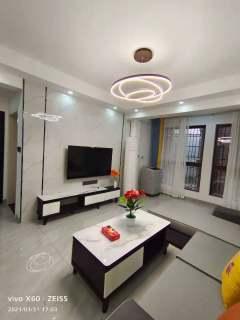 (淮川街道)鸿宇城2室2厅1卫56.8万73m²出售