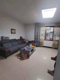 (淮川街道)鸿宇广场3室2厅2卫85.8万145m²出售