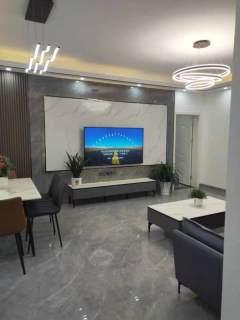 (淮川街道)财富新城4室2厅2卫76.8万120m²出售