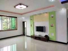 红盾小区四房两厅,另加30多平米车库,153m²现45.8万出售