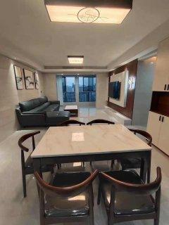 (淮川街道)鸿宇广场4室2厅2卫99.8万136.43m²出售